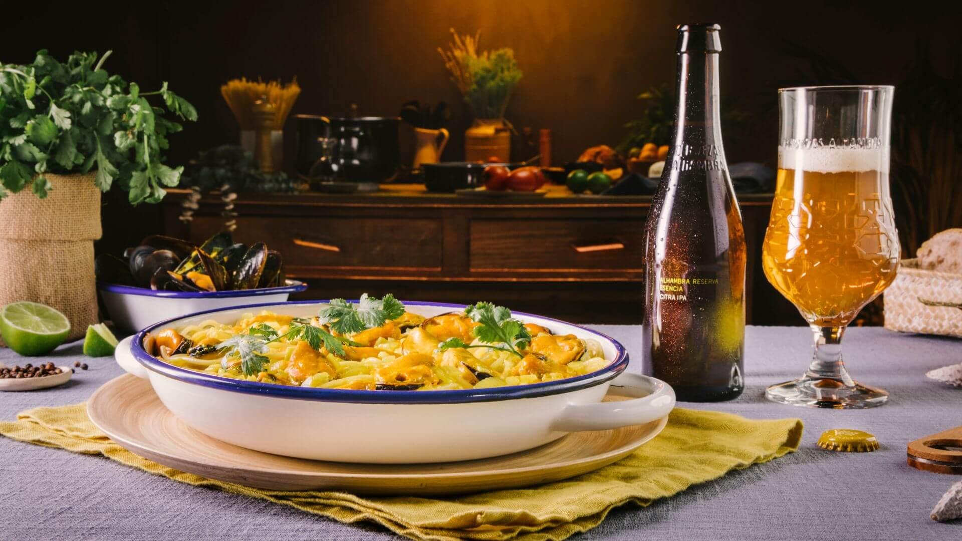 Espaguetis con mejillones y salsa de curry o cómo sorprender con un plato de pasta