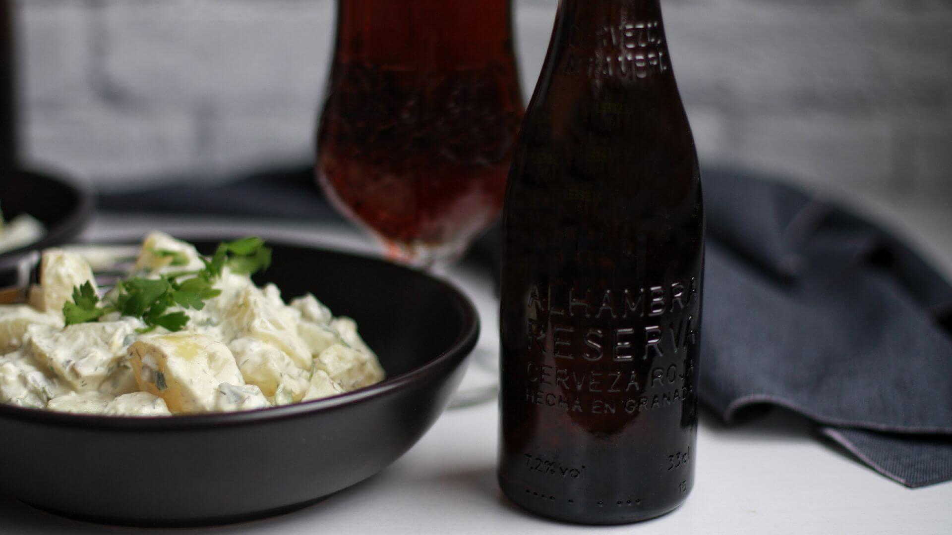 Ensalada de patata con aliño de yogur griego: un entrante y acompañamiento sin igual