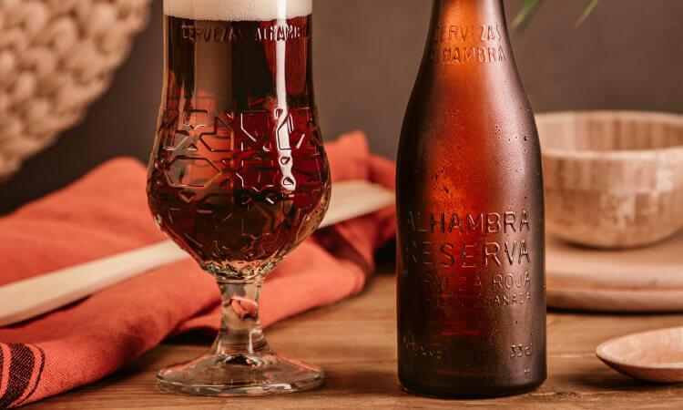 Alhambra Reserva Roja - La Brújula - Cervezas Alhambra