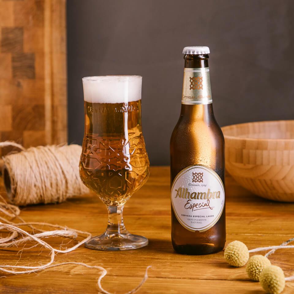 Cerveza Especial - Cervezas Alhambra  - La Brújula
