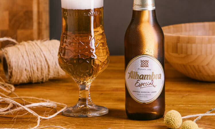 Alhambra Especial - La Brújula - Cervezas Alhambra